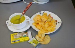 Суп, чипсы